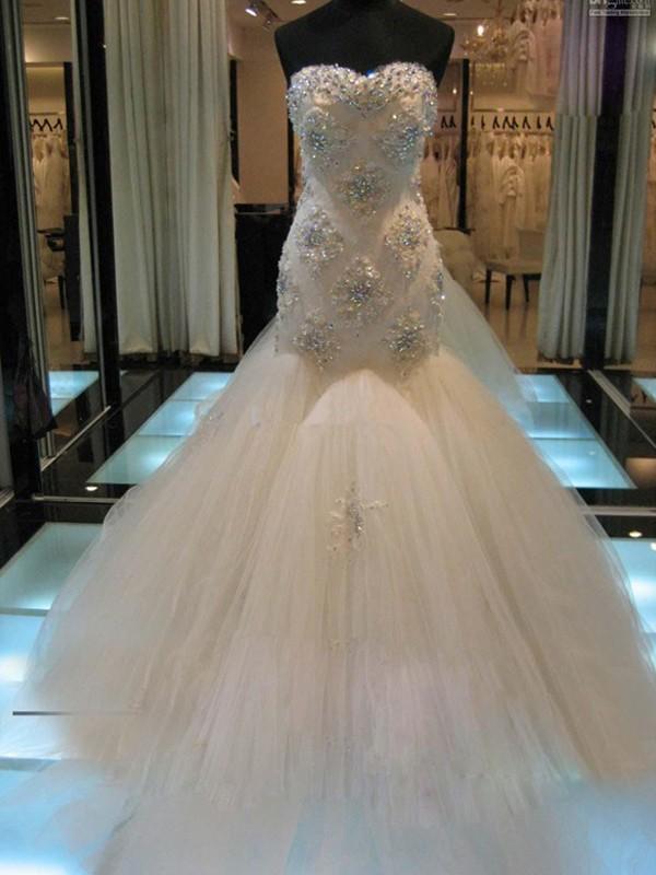 Meerjungfrau-Linie/Mermaid-Stil Ärmellos Herz-Ausschnitt Hof-Schleppe Perlenstickerei Tülle Brautkleider