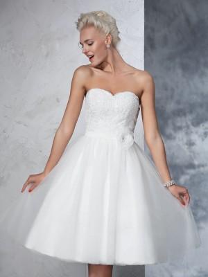 A-Linie/Princess-Linie Herzausschnitt Handgemachte Blume Ärmellos Kurz Netz Brautkleider