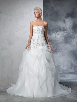 Duchesse-Linie Trägerlos Perlen verziert Ärmellos Lange Tüll Brautkleider