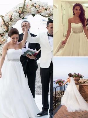 A-Linie/Princess-Stil Herz-Ausschnitt Ärmellos Perlenstickerei Tülle Sweep/Pinsel Zug Brautkleider