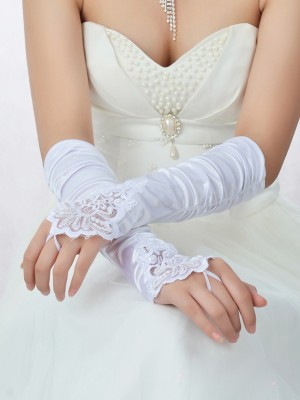 Romantic Spitze Satin Perlen verziert Wedding Gloves